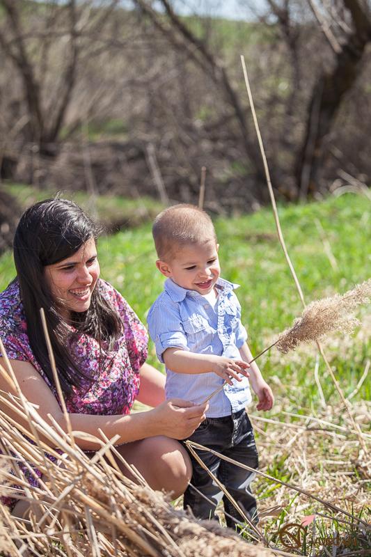 Irina,Tudor,Filip,sedinta foto de familie,1 an,copii,baiat,familie,Olga Vuscan,fotograf de familie,fotografie de copii,www.olgavuscan.ro