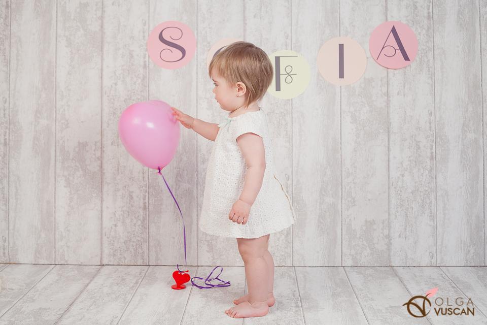 sedinta foto la 1 an in studio_Fotografie de copii_Olga Vuscan