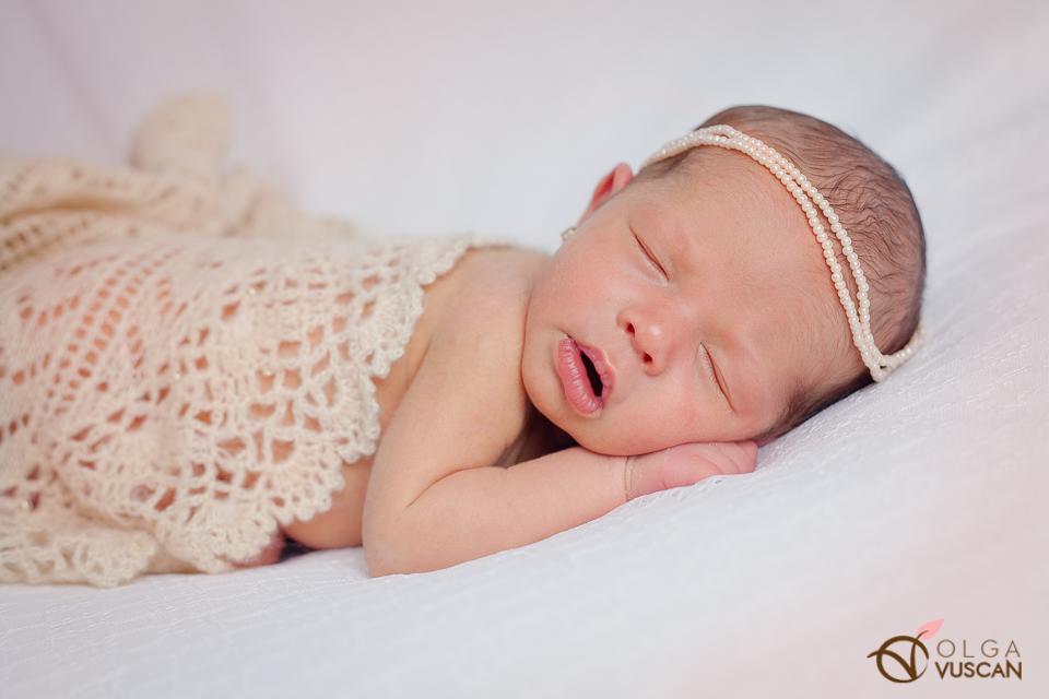 sedinta foto bebelusi_fotograf nou-nascuti Olga Vuscan