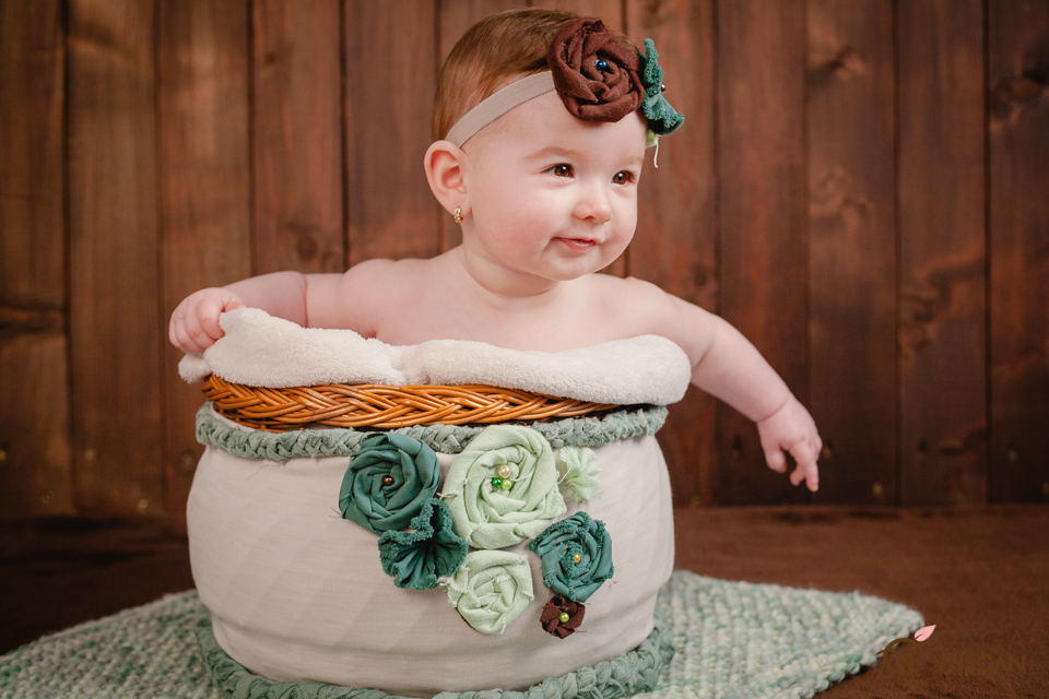 poze bebelusi la 6 luni_fotograf Olga Vuscan