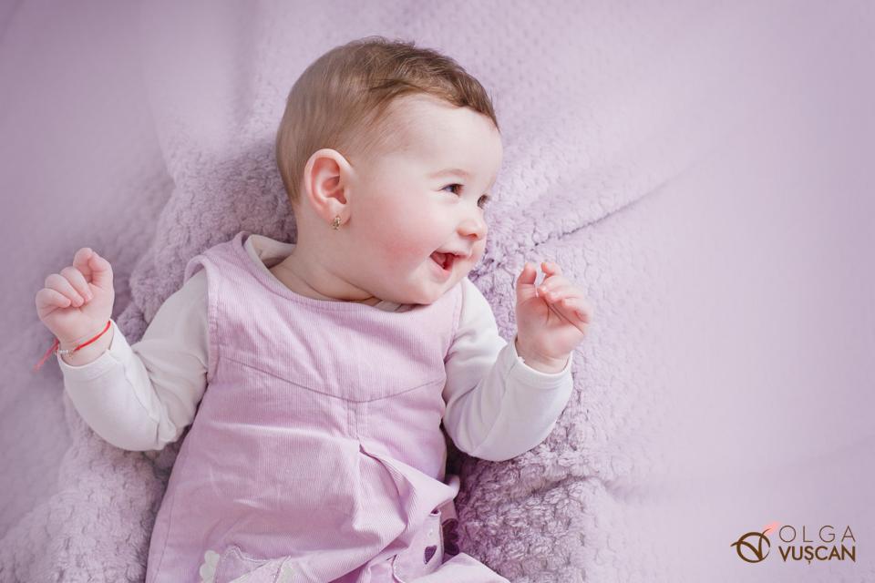 sedinta foto copii la 6 luni_fotograf Olga Vuscan
