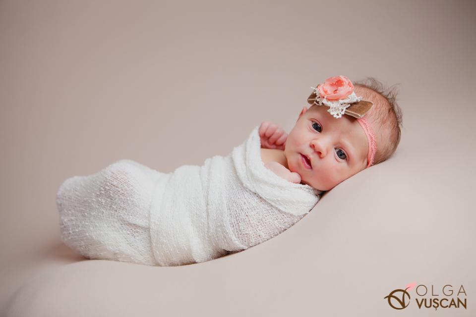 sedinta foto nou-nascut_fotograf nou-nascut Olga Vuscan