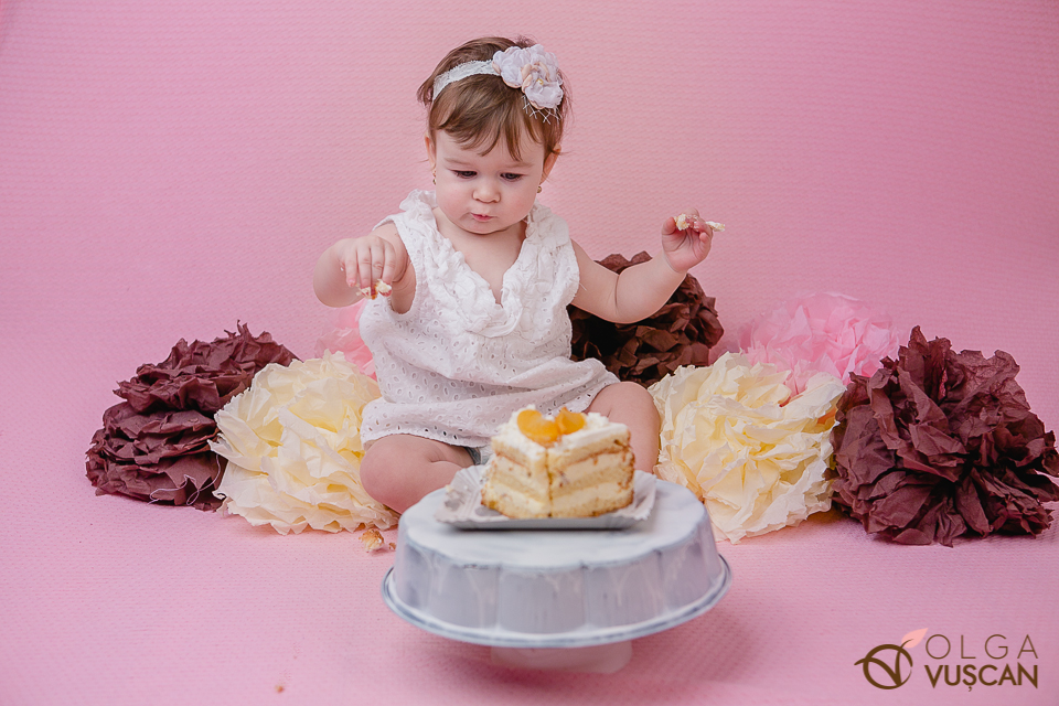 sedinta foto 1 an_smash the cake_fotograf copii Olga Vuscan