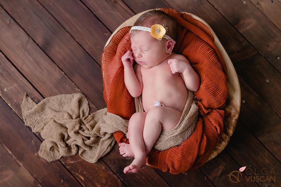 foto bebelusi_Fotograf nou-nscuti Olga Vuscan