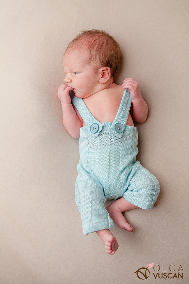 sedinta foto nou-nascut_fotograf newborn Olga Vuscan