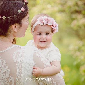 Abigail ~ sedinta foto afara la 8 luni
