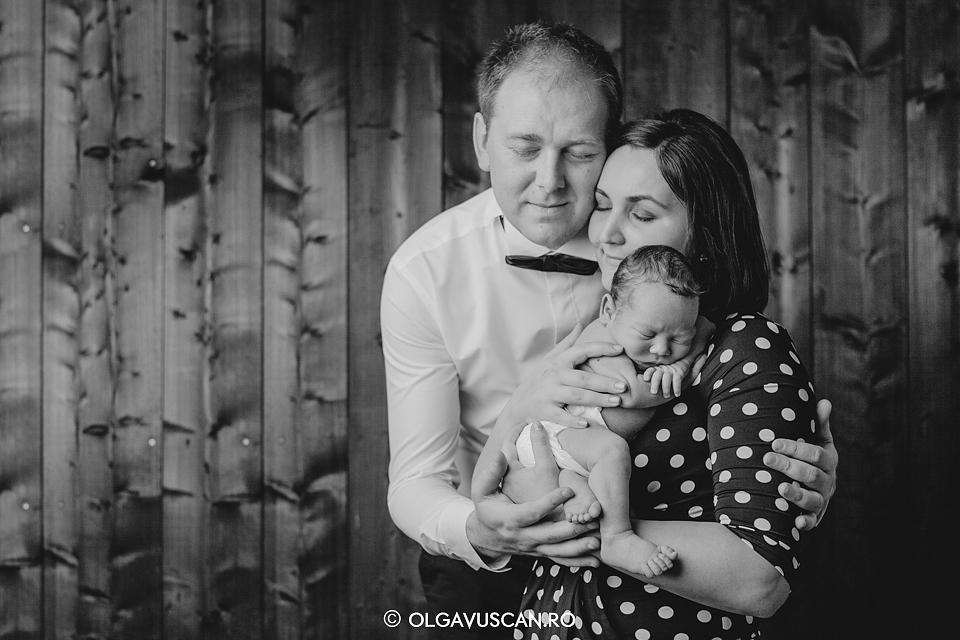 sesiune foto nou-nascut_fotograf bebe Olga Vuscan