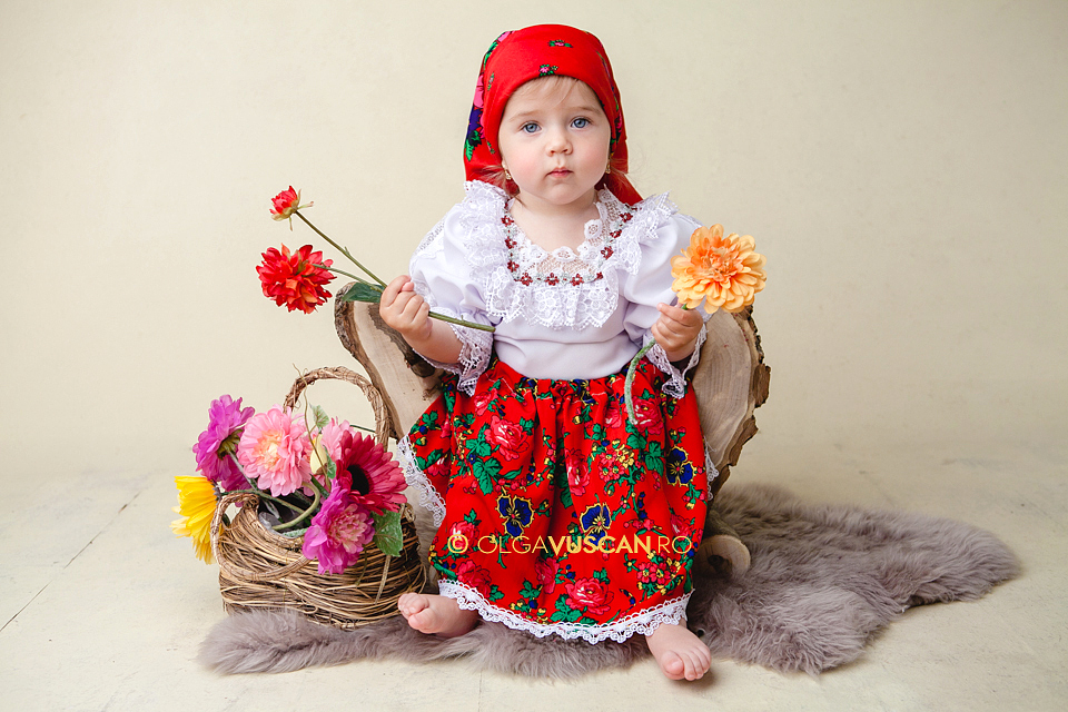 poze copii la 1 an_fotograf copii Olga Vuscan