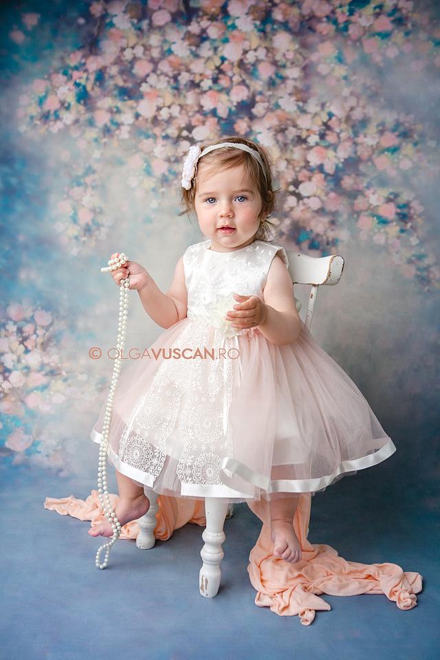 foto copii la 1 an_fotograf copii Olga Vuscan