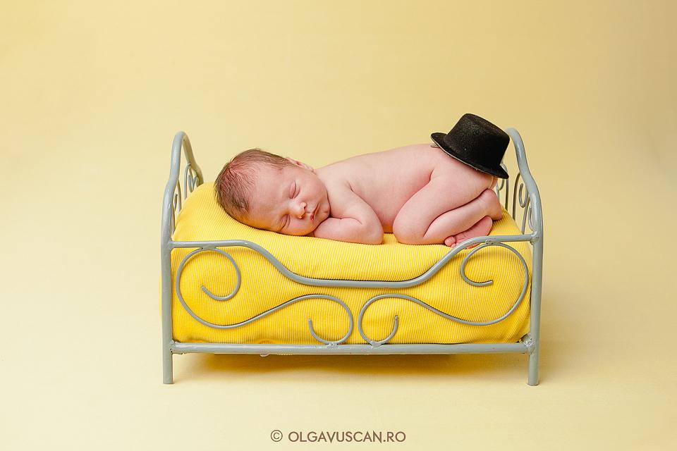 poze bebe_sedinta foto bebelusi Cluj_fotograf bebelusi Olga Vuscan
