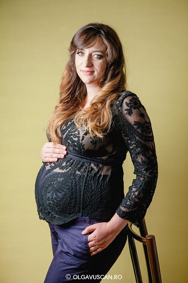 poze burtica, sesiune foto maternitate, sedinta foto cu burtica afara si in studio