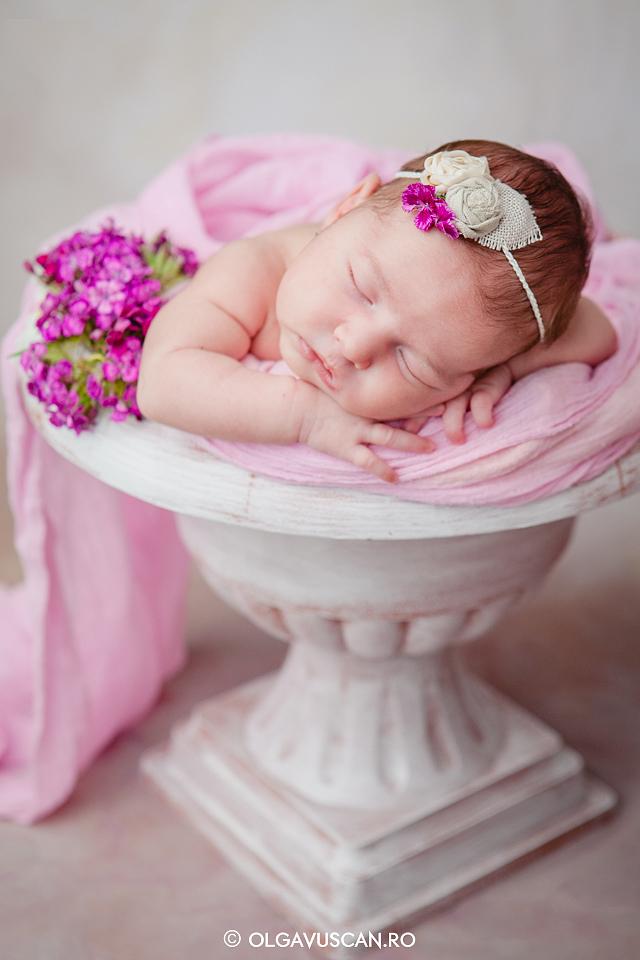 sedinta foto nou-nascut,poze bebelusi,fotografii nou-nascuti,newborn photography, newborn photos, poze bebe,fotograf nou-nascuti, fotograf bebelusi Olga Vuscan CLuj