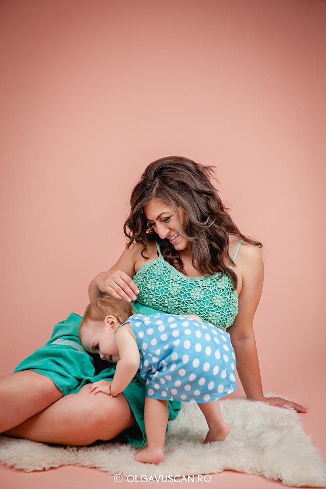 sedinta foto maternitate, poze cu burtica, sesiune foto de gravida, poze profi gravide, fotograf maternitate Olga Vuscan Cluj