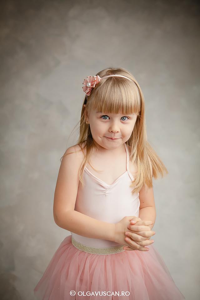 sedinta foto studio, sesiune foto familie, fotograf copii, fotograf Cluj, poze familie