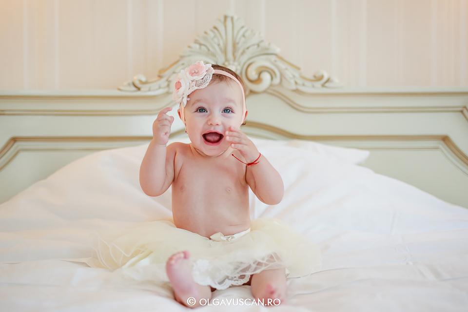 sedinta foto lifestyle,sesiune foto acasa, sedinta foto bebe, fotograf copii