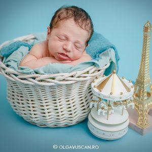Lucas ~ sedinta foto de nou-nascuti {Cluj}