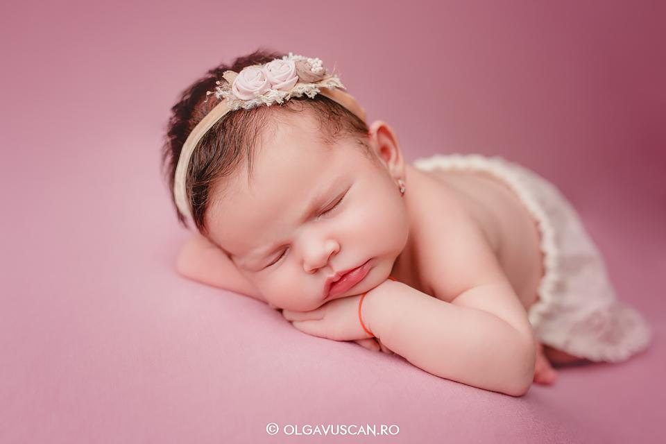 fotograf nou-nascuti, fotograf bebelusi Olga Vuscan Cluj, sedinta foto bebe
