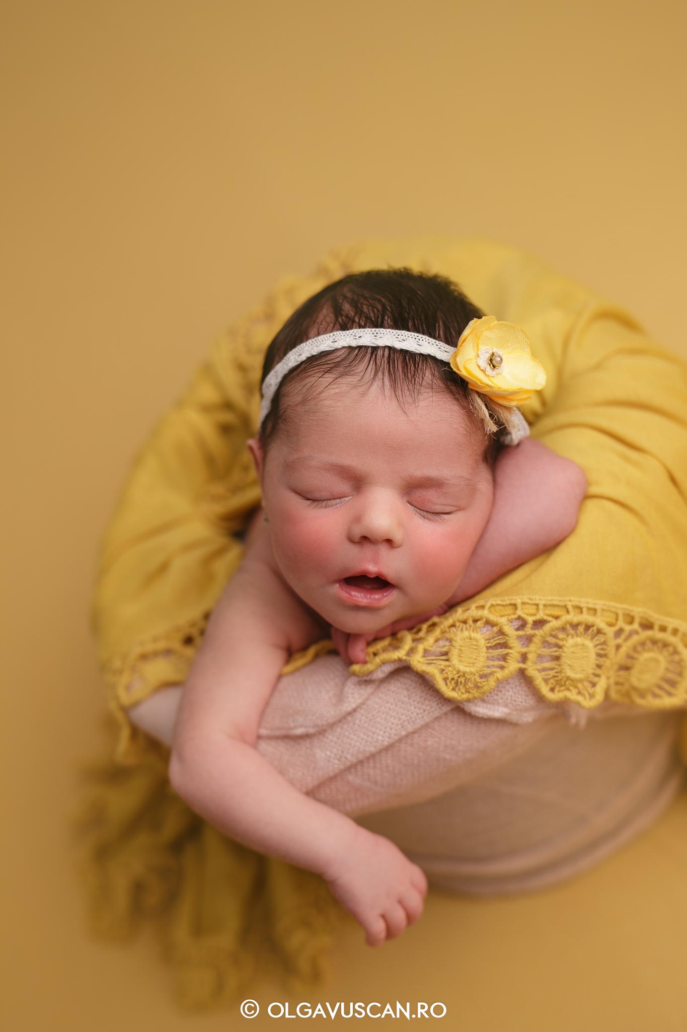 sesiune foto nou-nascut, fotograf bebelusi, fotograf bebe, poze bebe, fotograf nou-nascuti Olga Vuscan Cluj