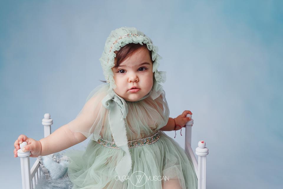 sedinta foto 1 an, sesiune foto aniversara, fotograf copii Cluj, poze copii, sesiune foto copii, fotograf profesionist copii