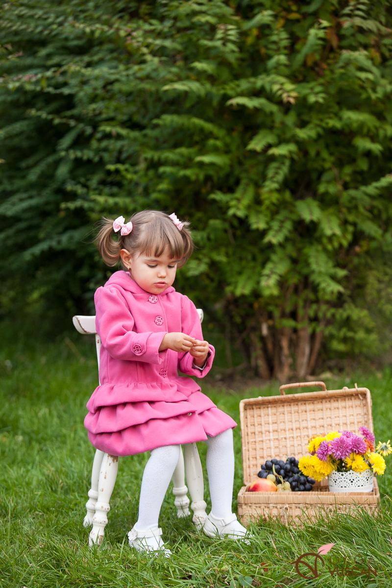 Irina_sedinta foto de toamna_Olga Vuscan