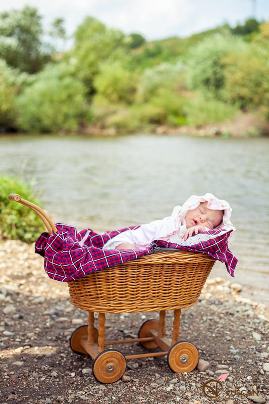 Ariana_sedinta foto de nou-nascut_Olga Vuscan