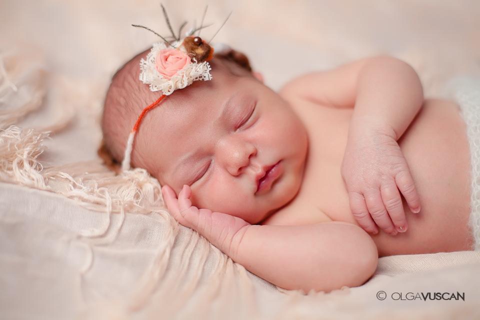 sesiune foto nou-nascut_fotograf nou-nascuti Olga Vuscan