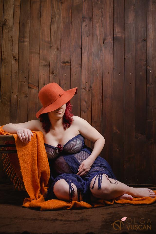 poze cu burtica_fotografie de maternitate in studio Olga Vuscan