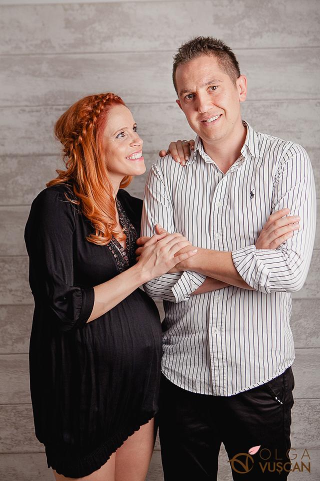 poze de gravida in studio_fotografii de maternitate Cluj Olga Vuscan