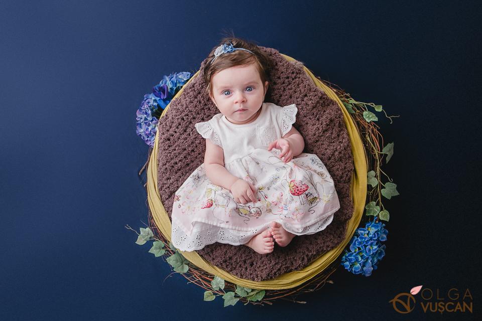 poze bebe 3 luni_fotograf copii Olga Vuscan