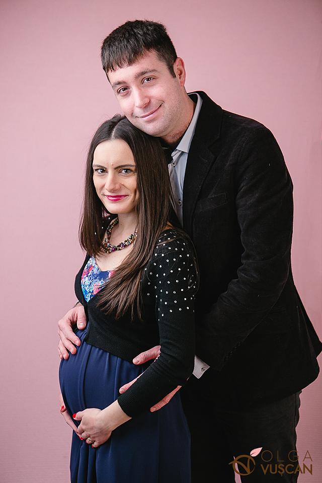 sedinta foto cu burtica_fotograf maternitate Olga Vuscan