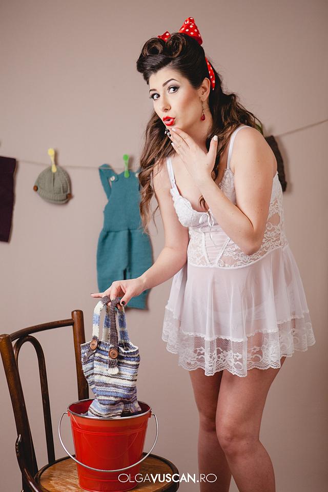 pin-up styled maternity shoot_fotograf maternitate Olga Vuscan