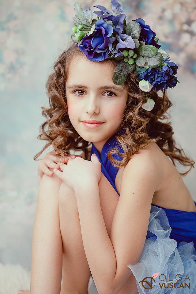 sesiune foto gemeni la 1 an in studio_fotograf copii Olga Vuscan