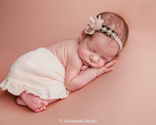 Despre fotografia de nou-nascut in 8 raspunsuri