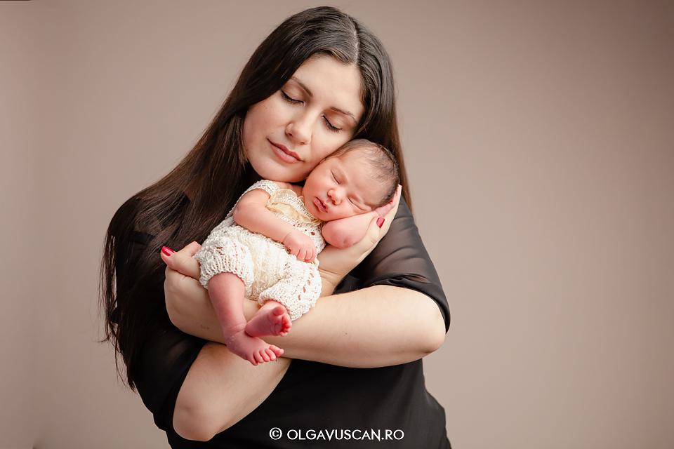 fotograf profesionist nou-nascut,poze bebelusi, fotograf bebe, sedinta foto profi nou-nascut Cluj