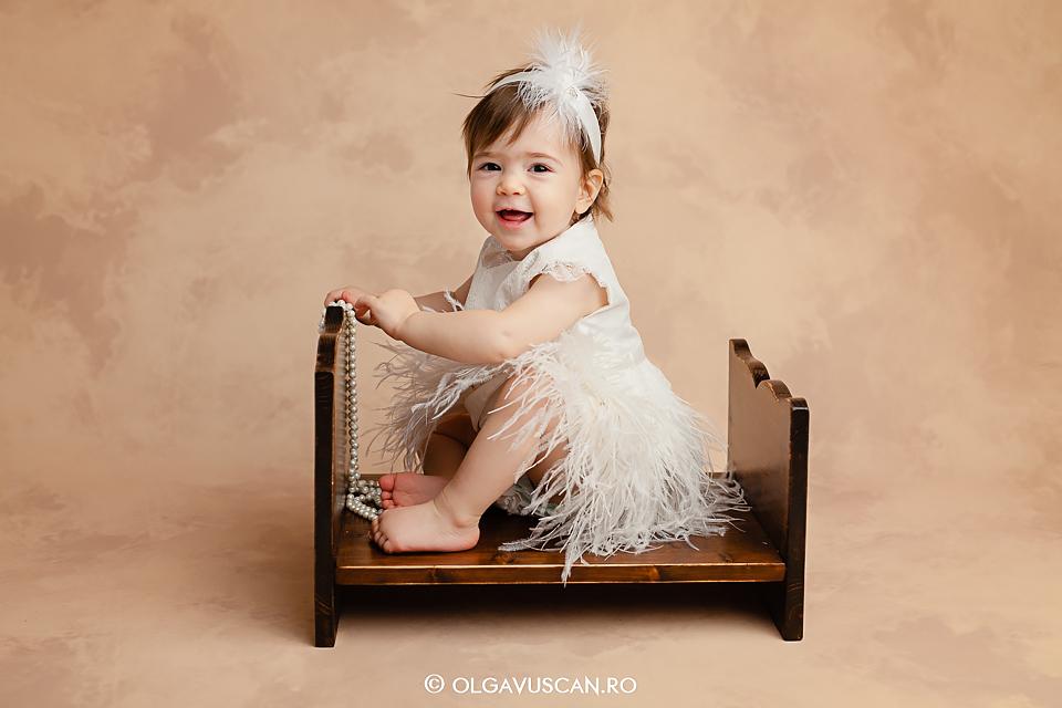 sedinta foto la 1 an, sesiune foto aniversare 1 an, fotograf copii Cluj, fotograf profesionist copii