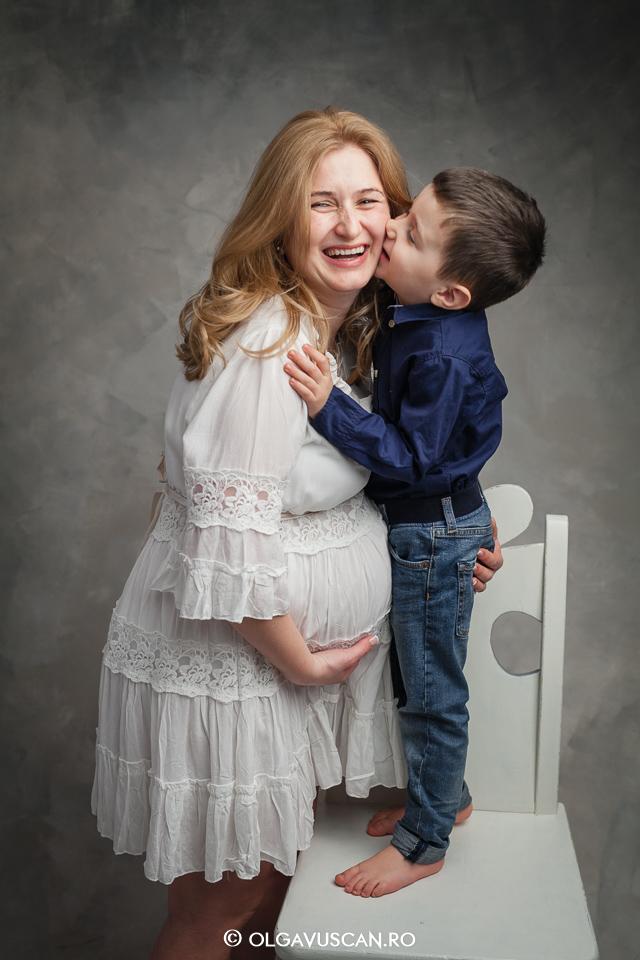sedinta foto maternitate, fotograf profesionist maternitate,poze cu burtica, fotografii sarcina, fotograf copii Cluj