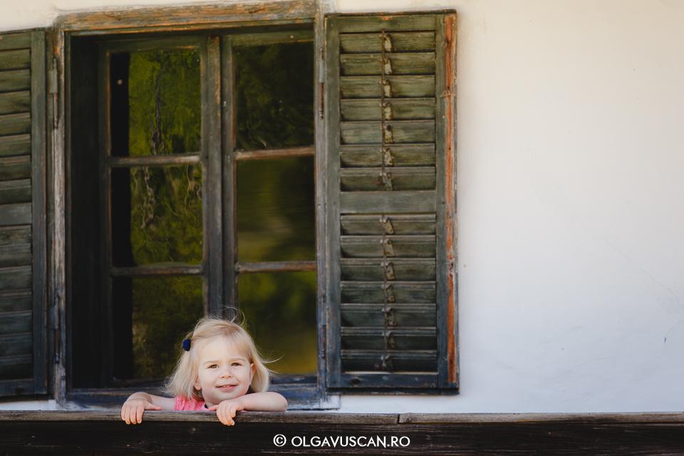 sedinta foto la Muzeul satului, fotograf copii Cluj