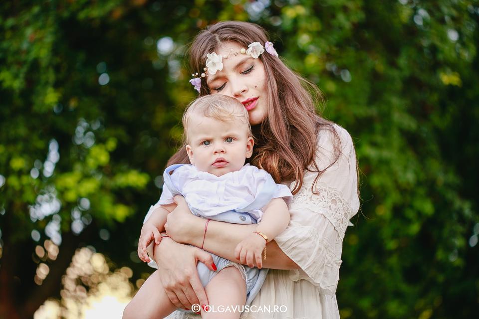 sedinta foto la 9 luni, sesiune foto copii Cluj Olga Vuscan