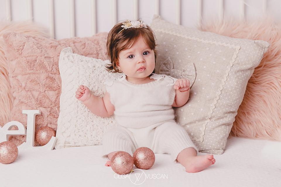 pret sesiune foto bebelusi, pret foto bebe, cat costa o sesiune foto de copii Olga Vuscan