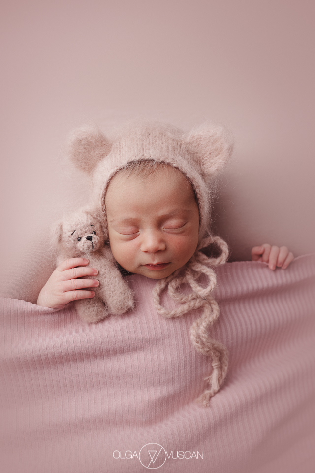 poze bebelusi, fotograf bebelusi, sedinta foto nou-nascut, fotograf bebelusi Cluj, fotograf nou-nascuti Olga Vuscan