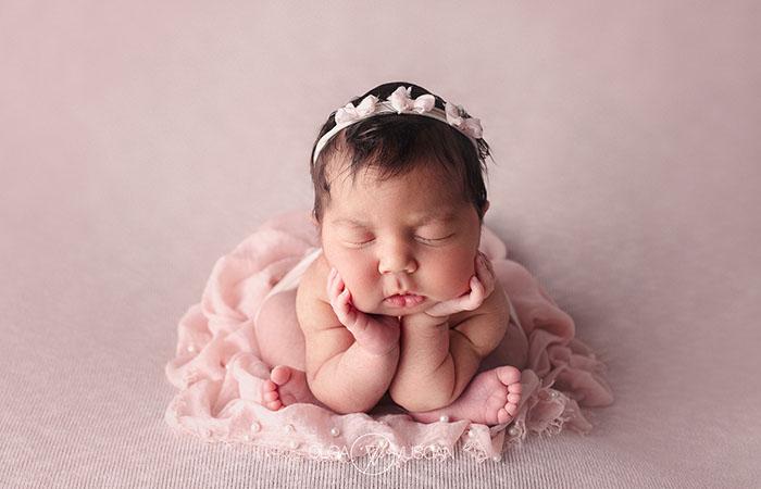 sedinta foto nou-nascut, fotograf nou-nascut, fotograf bebelusi Cluj